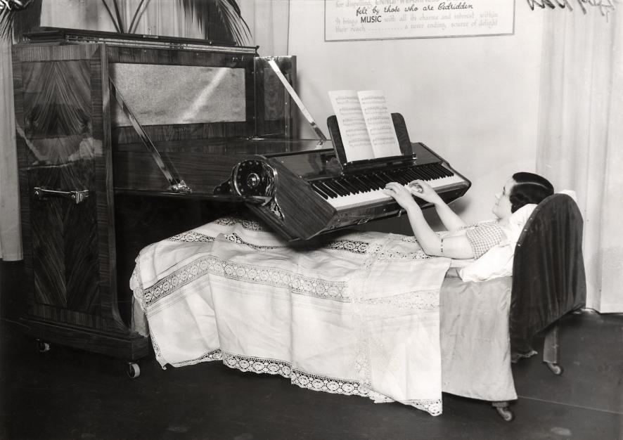 Bed_piano